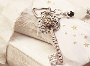 key, heart, feather